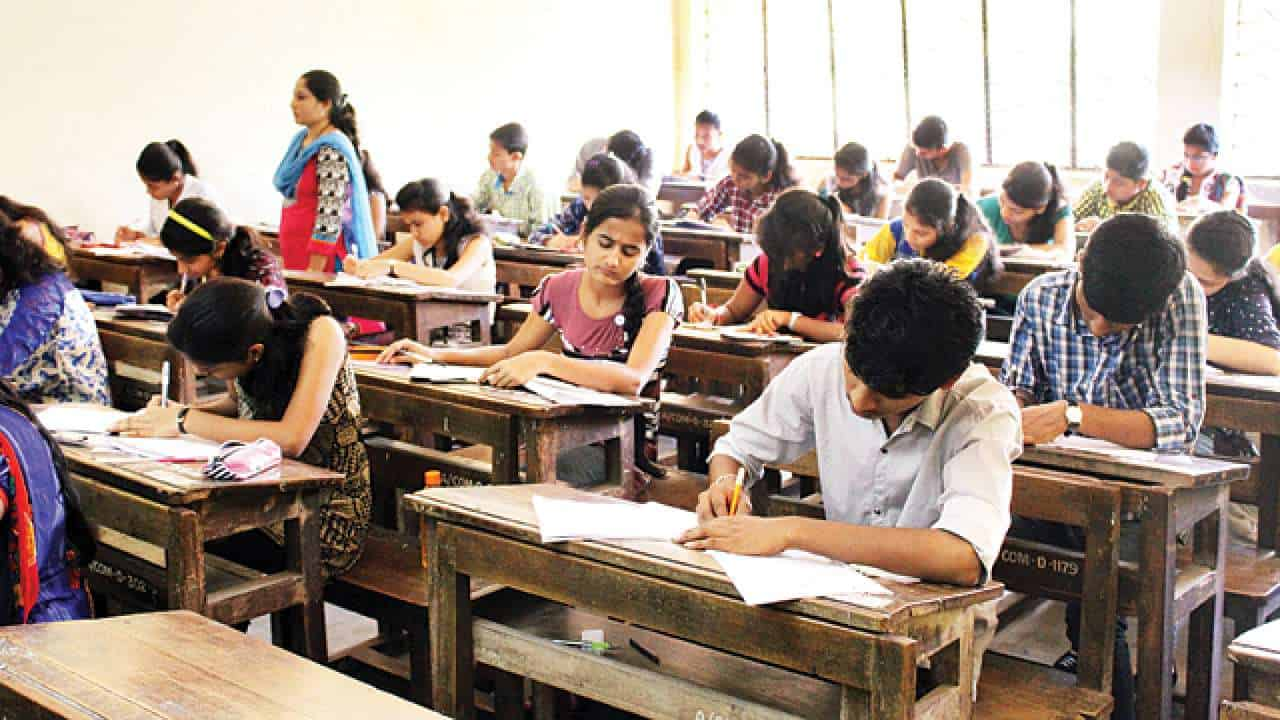students writing UPSC civil service examination