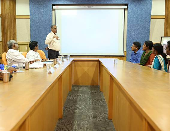 group discussion session at chinmaya IAS academy